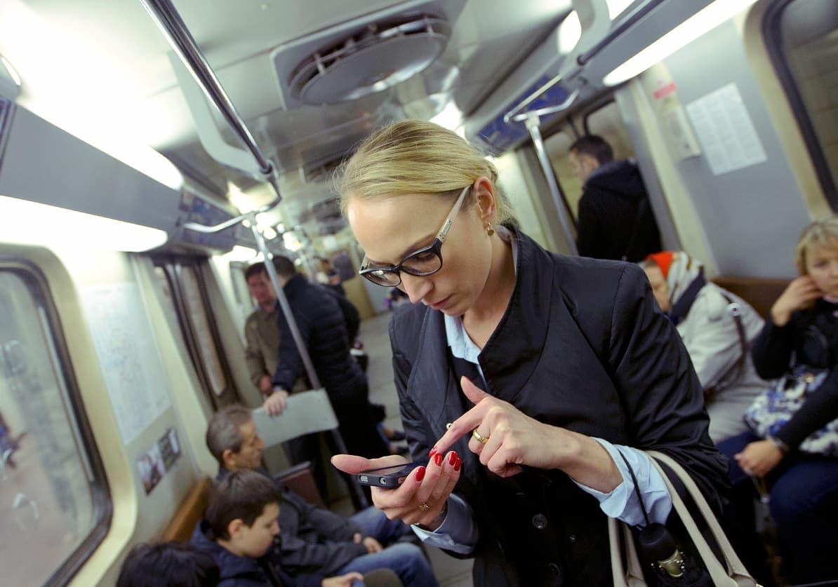 3G и 4G в киевском метро быть: за дело взялся технологический гигант Huawei