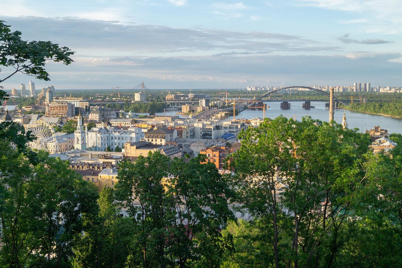 Улучшение мобильной связи в Киеве и лайфхак от lifecell, как экономить на связи 10-15%: новости недели