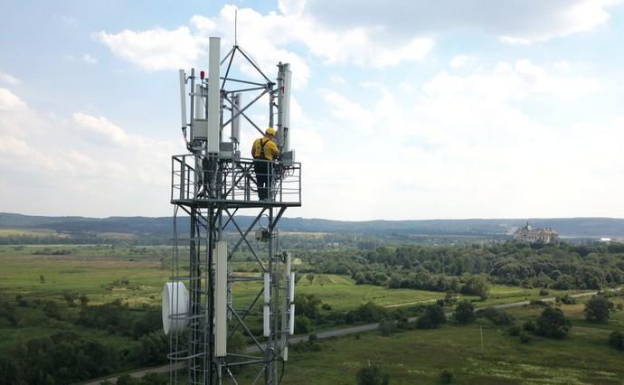 Киевстар готов отдать часть своих частот для покрытия 3G/4G по всей стране